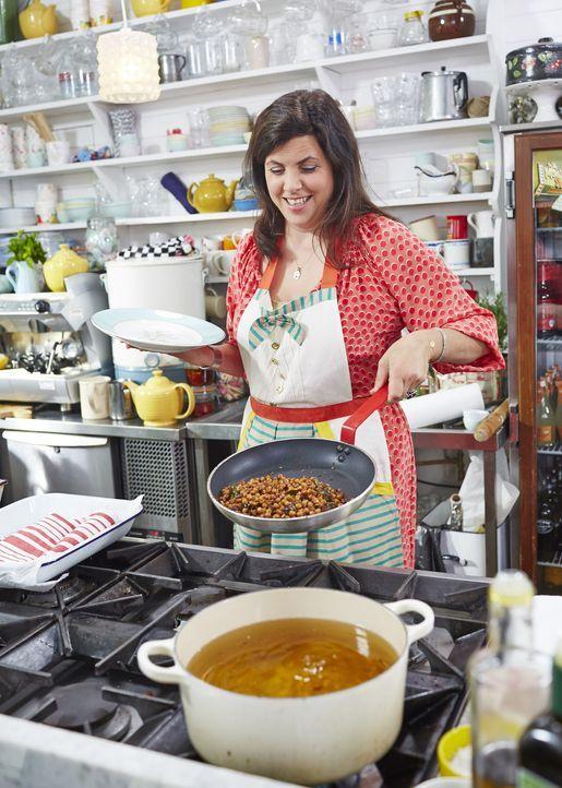 Indisches Street Food hat die Moderatorin Kristie Allsopp begeistert und vor allem das typische Gericht Pani Puri hat es ihr angetan ...