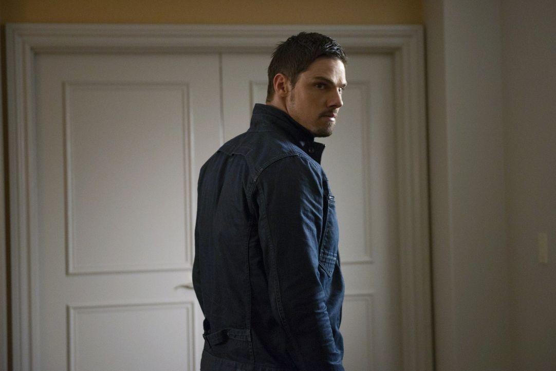 Bekommt die Aufgabe, sich Curt Windsor vorzunehmen - eine besonders gefährliche Bestie: Vincent (Jay Ryan) ... - Bildquelle: 2013 The CW Network, LLC. All rights reserved.