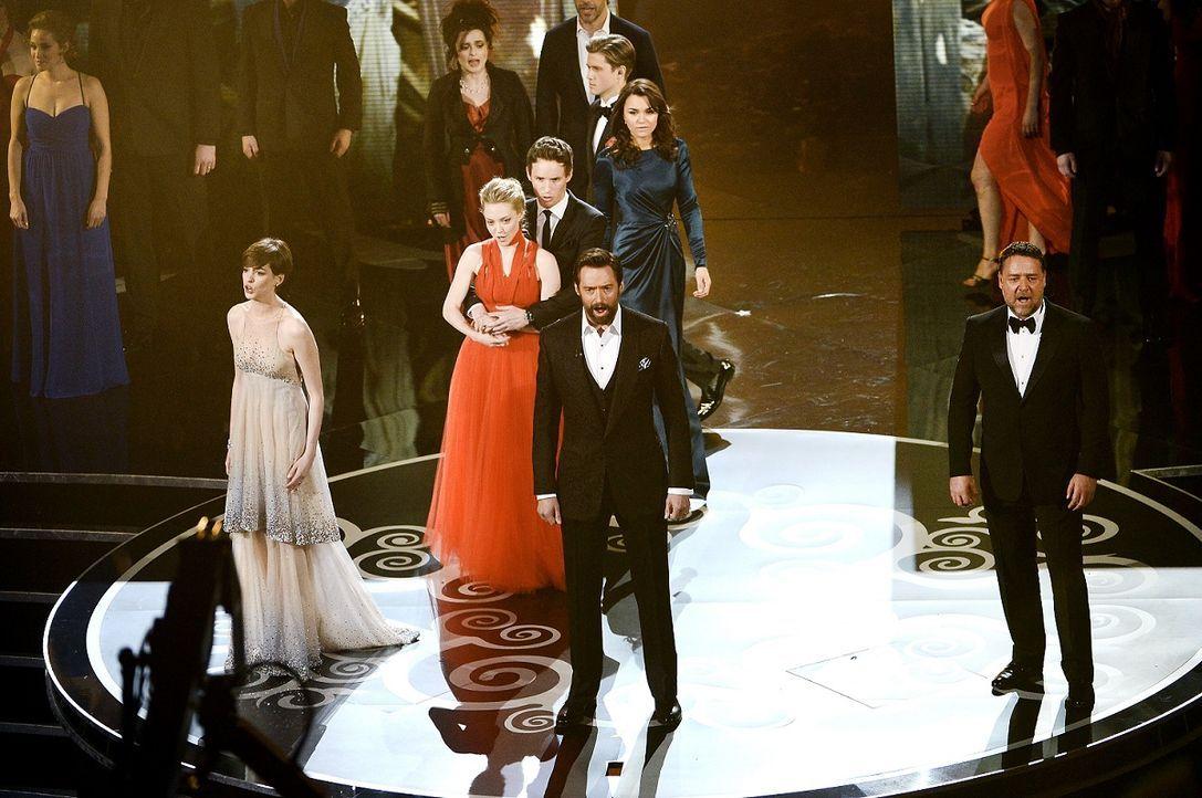 Anne Hathaway, Hugh Jackman und Russell Crowe bei der Oscar Verleihung 2013 - Bildquelle: AFP