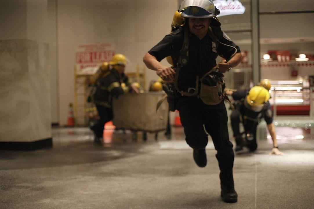 Ein Wettlauf auf Leben und Tod beginnt: Will Jimeno (Michael Pena) ... - Bildquelle: TM &   Paramount Pictures. All Rights Reserved.