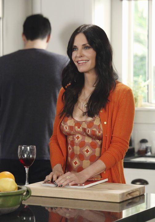 Jules (Courteney Cox) muss eine ihrer größten Ängste überwinden: öffentliche Demütigungen ... - Bildquelle: 2010 ABC INC.