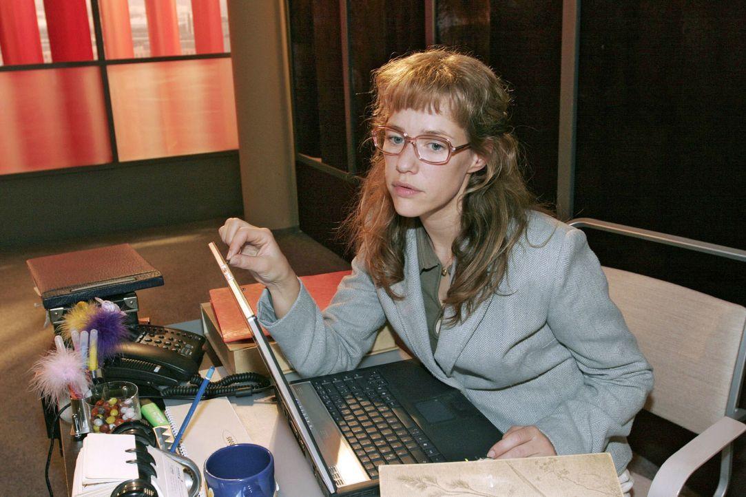 """Kann Lisa (Alexandra Neldel) Mariella helfen, einen neuen Sponsor für den """"Kerima Award"""" zu finden? (Dieses Foto von Alexandra Neldel darf nur in Zu... - Bildquelle: Noreen Flynn SAT.1 / Noreen Flynn"""