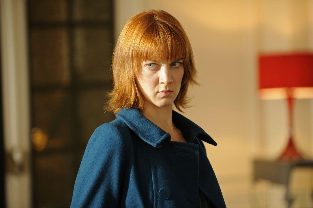 Blickt auch hinter das Offensichtliche: Chloé (Odile Vuillemin) ... - Bildquelle: 2008 - Beaubourg Audiovisuel/BeFilms/RTBF (Télévision Belge)