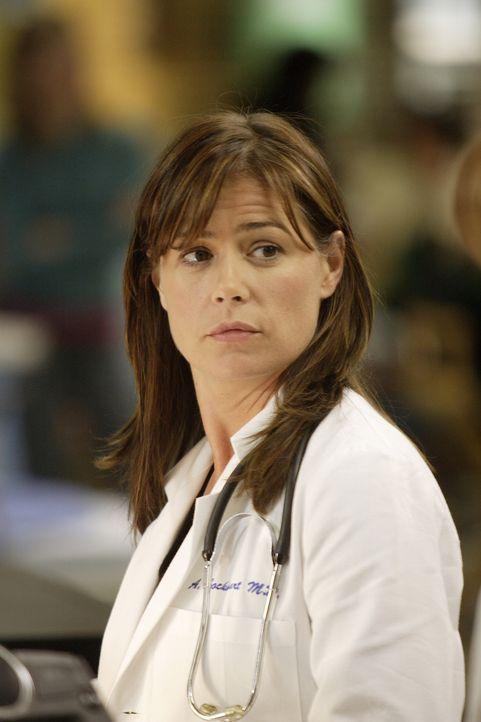 Abbys Tante ist an Brustkrebs gestorben und Abby (Maura Tierney), die das bisher hartnäckig ignoriert hat, entschließt sich mutig zu ihrer ersten Ma... - Bildquelle: Warner Bros. Television