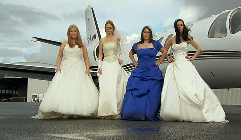 Welche Braut trägt das schönste Kleid? Wer hat die leckerste Hochzeitstorte? Welches Paar hat die ergreifendste Hochzeitszeremonie? Vier Bräute t... - Bildquelle: sixx