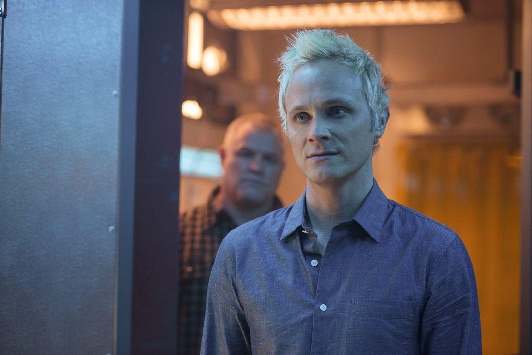Wie weit wird Blaine (David Anders) gehen, um von Major zu erfahren, wo sein wertvolles Astronauten-Gehirn ist? - Bildquelle: Warner Brothers