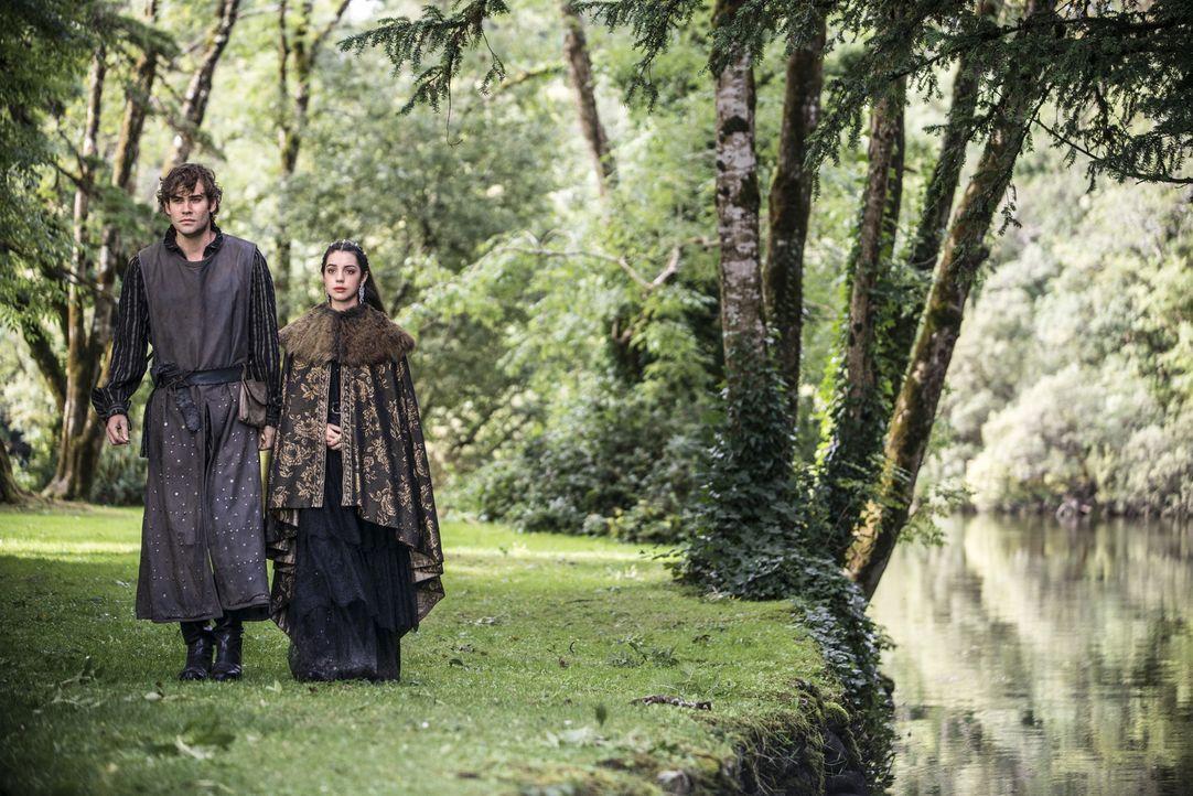 Nostradamus und Mary - Bildquelle: 2014 The CW Network, LLC. All rights reserved.