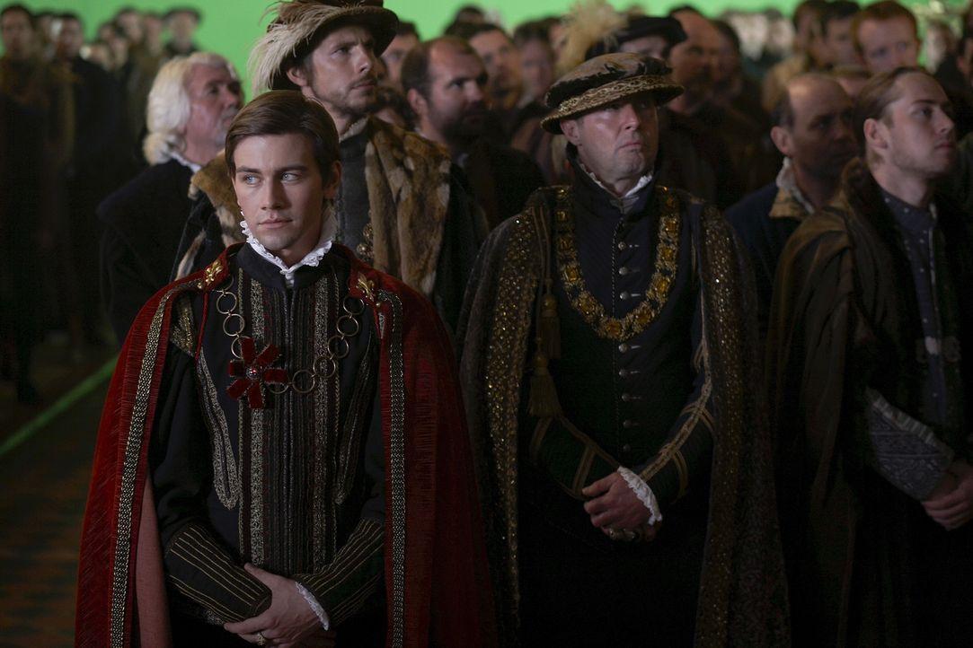 Während König Henry enttäuscht darüber ist, dass Königin Catherine kein Kind von ihm erwartet, beginnt sie eine leidenschaftliche Affäre mit d... - Bildquelle: 2010 TM Productions Limited/PA Tudors Inc. An Ireland-Canada Co-Production. All Rights Reserved.