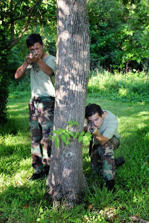 Zwei Außenseiter schließen sich zusammen und begeben sich auf einen tödlichen Feldzug, der internationales Aufsehen erregt ... - Bildquelle: M2 Pictures