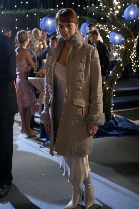 Die Party zum Valentinstag, die Julie (Melinda Clarke) und Kirsten organisiert haben, ist ein voller Erfolg ... - Bildquelle: Warner Bros. Television