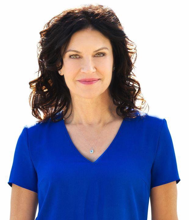 (1. Staffel) - Dr. Dana Kinny (Wendy Crewson) hat immer ein wachendes Auge auf ihre Mitarbeiter ... - Bildquelle: 2012  Hope Zee One Inc.