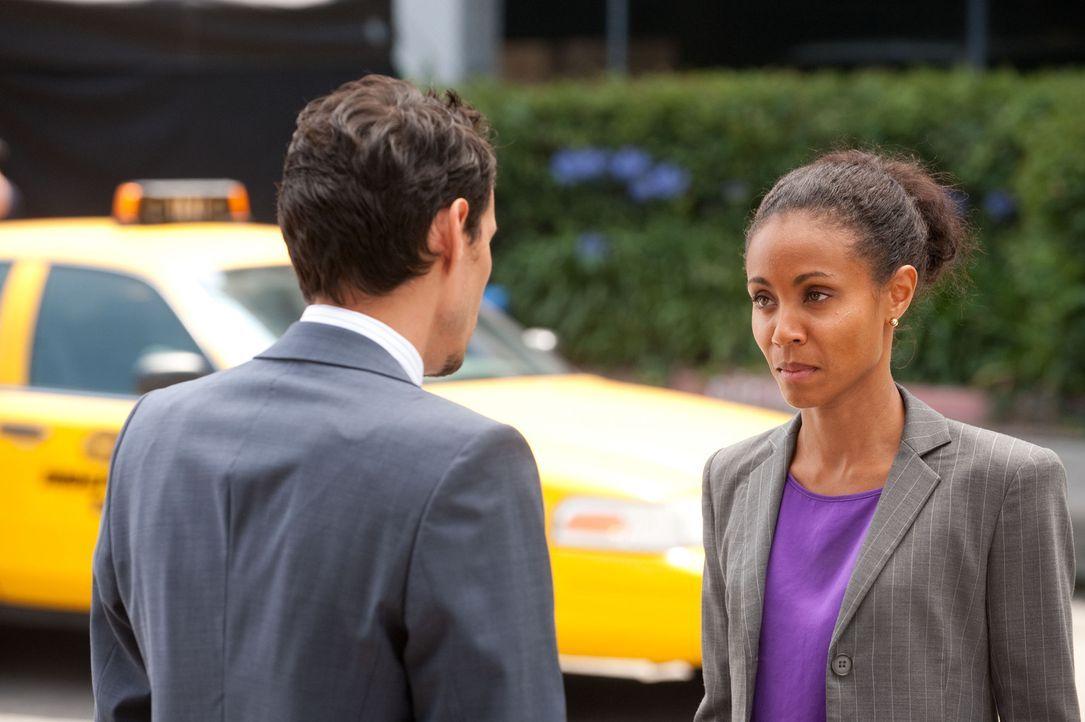 Nick Renata (Marc Anthony, l.) bedrängt Christina Hawthorne (Jada Pinkett Smith, r.), sich endlich zu entscheiden ... - Bildquelle: Sony Pictures Television Inc. All Rights Reserved.