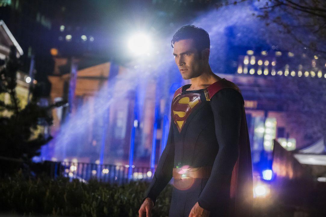 Die Rückkehr von Superman (Tyler Hoechlin) scheint nicht alle zu begeistern ... - Bildquelle: 2016 Warner Brothers