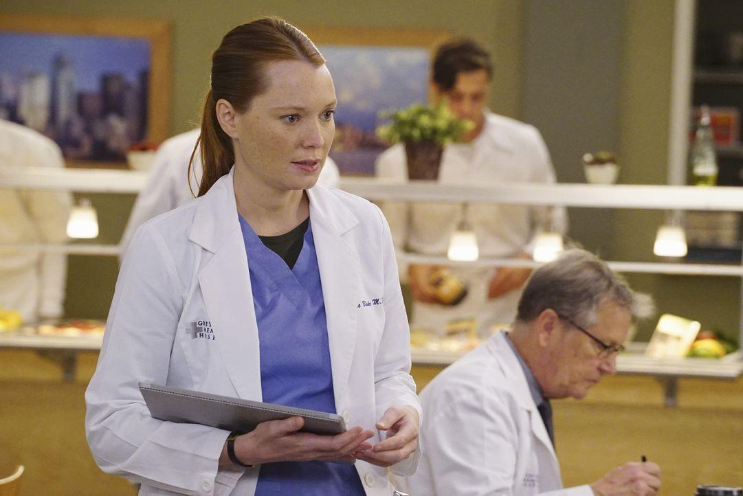 Penny (Samantha Sloyan) ist Arizona zugeteilt. Diese glaubt, dass Penny sie für Callie ausspionieren will. Die Nerven liegen blank ... - Bildquelle: Richard Cartwright ABC Studios