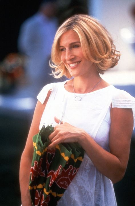 Richard veranstaltet eine große Gartenparty, da darf Carrie (Sarah Jessica Parker) natürlich nicht fehlen ... - Bildquelle: Paramount Pictures