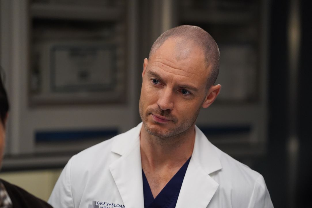Dr. Cormac Hayes (Richard Flood) - Bildquelle: Gilles Mingasson 2020 American Broadcasting Companies, Inc. All rights reserved. / Gilles Mingasson