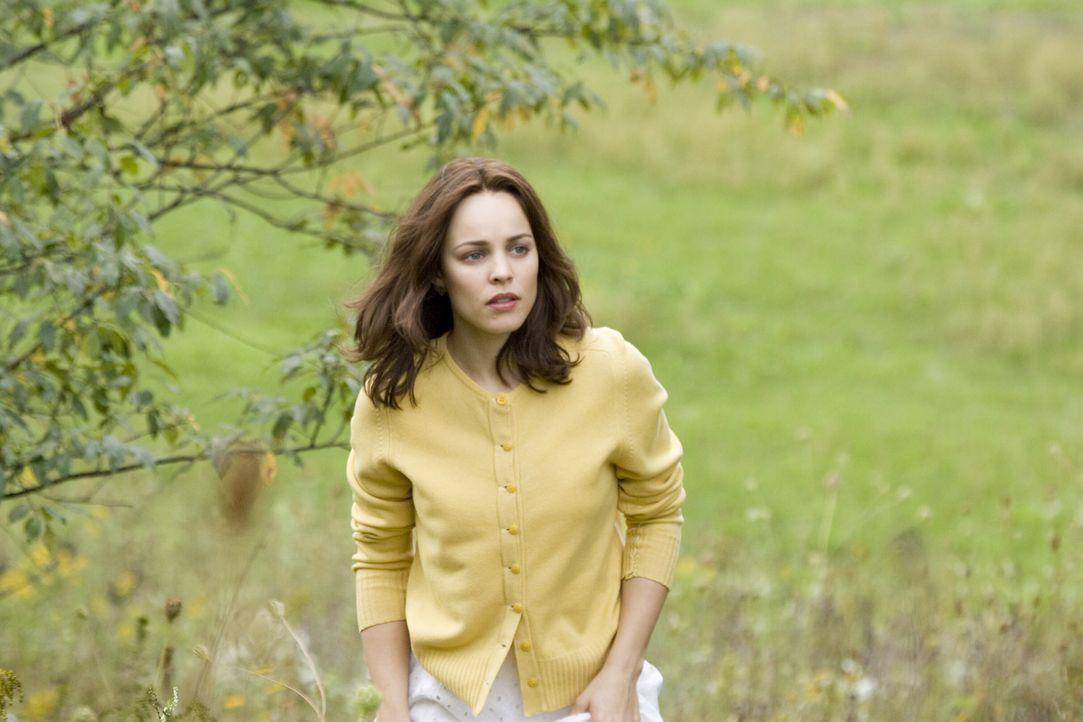 Clare (Rachel McAdams) glaubt fest daran, dass Henry und sie füreinander bestimmt sind ... - Bildquelle: Warner Brothers