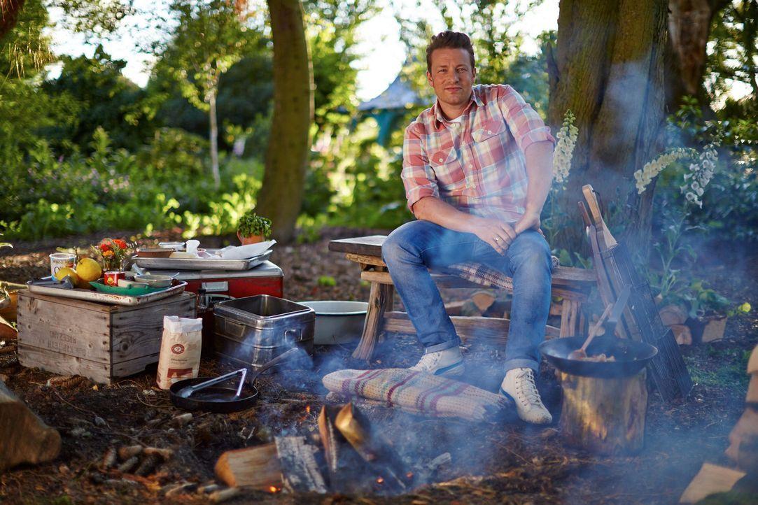 Selbst an das absolute Wohlfühlgericht der Britten Chicken Tikka Masala traut sich Jamie Oliver heran und zaubert daraus etwas ganz besonderes ... - Bildquelle: FRESH ONE PRODUCTIONS MMXIV