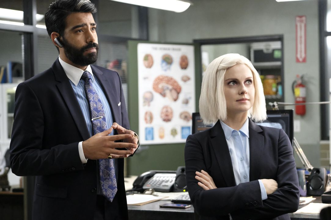 Ravi Chakrabarti (Rahul Kohli, l.); Liv Moore (Rose McIver, r.) - Bildquelle: Bettina Strauss 2019 The CW Network, LLC. All Rights Reserved. / Bettina Strauss