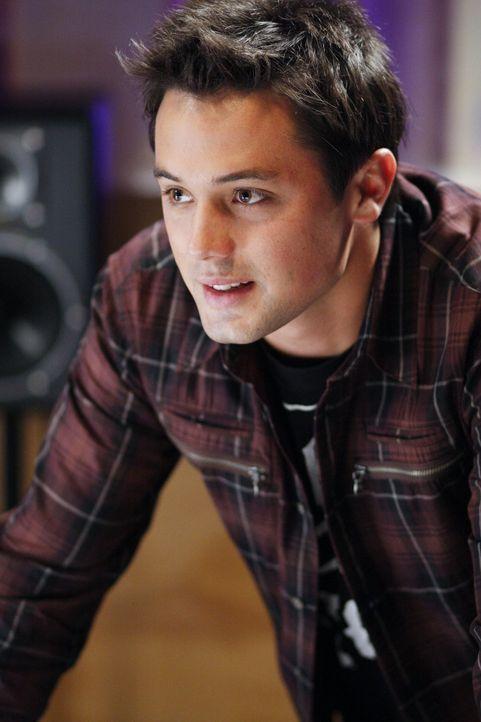 Auch Chase (Stephen Colletti) ist vor seinem ersten Date mit Mia sehr aufgeregt ... - Bildquelle: Warner Bros. Pictures