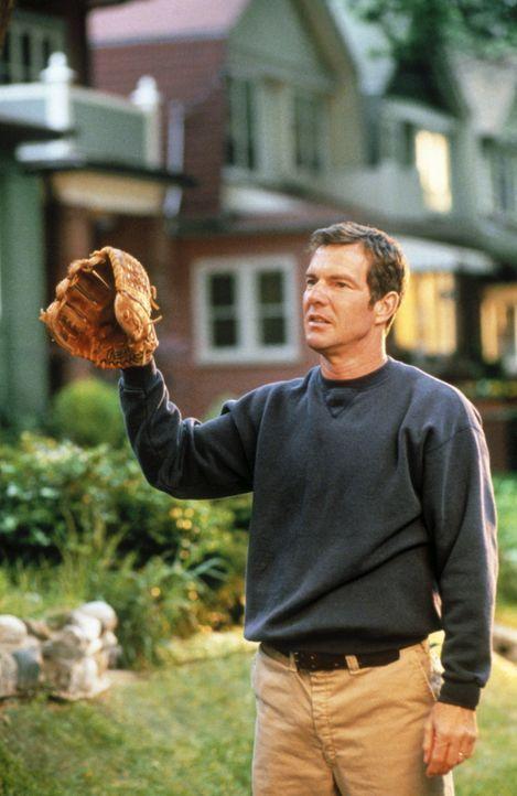 Als fanatischer Baseball-Fan verbringt der Feuerwehrmann Frank Sullivan (Dennis Quaid) jede freie Minute mit seinem Sohn beim Spiel ... - Bildquelle: New Line Cinema