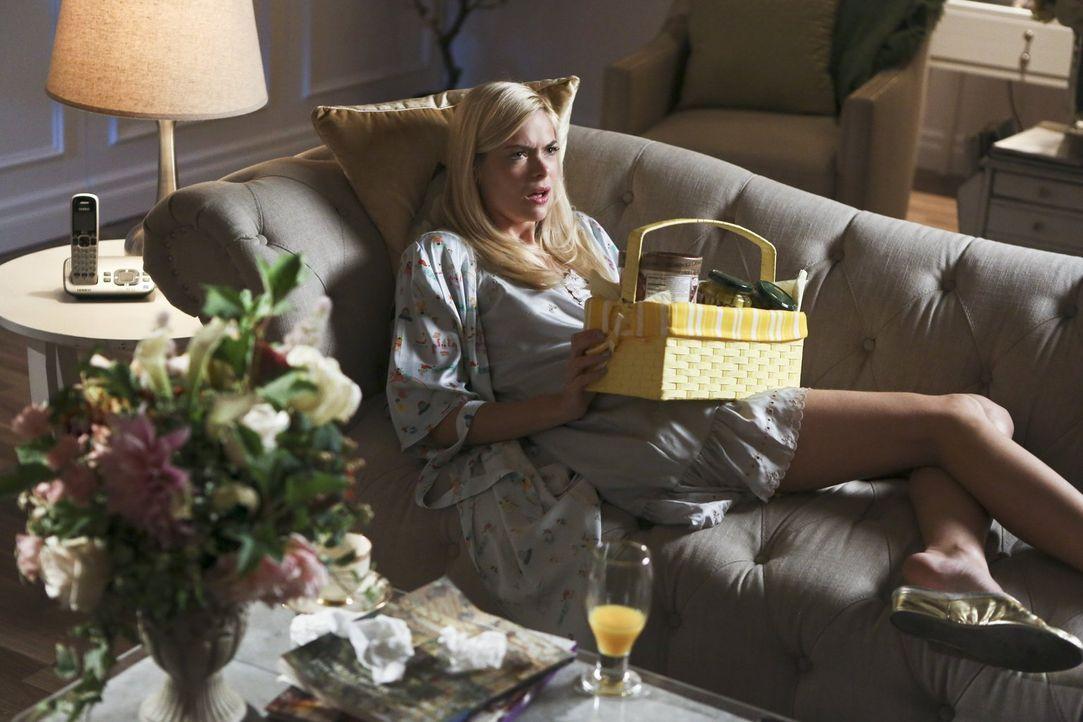 Auf ihrer ganz besonderen Kreuzfahrt lernt Lemon (Jaime King) einen charmanten Arzt kennen, doch so schnell wollen George und Lavon ihre große Liebe... - Bildquelle: 2014 Warner Brothers
