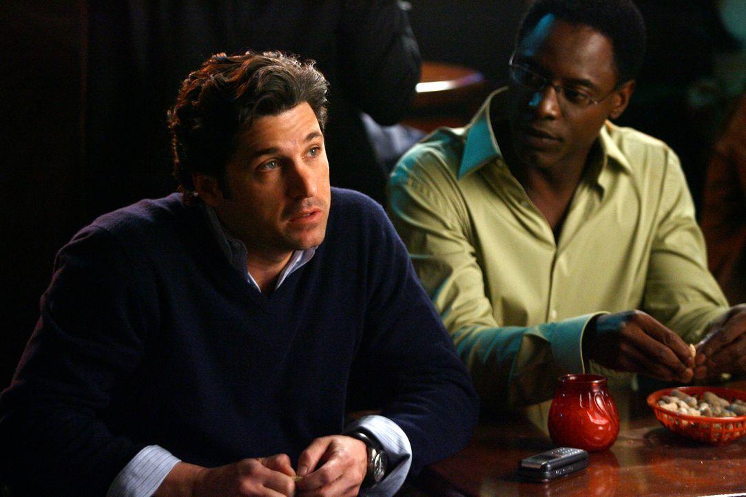 Als guter Trauzeuge organisiert Derek (Patrick Dempsey, l.) eine Junggesellenparty für Burke (Isaiah Washington, r.) ... - Bildquelle: Touchstone Television