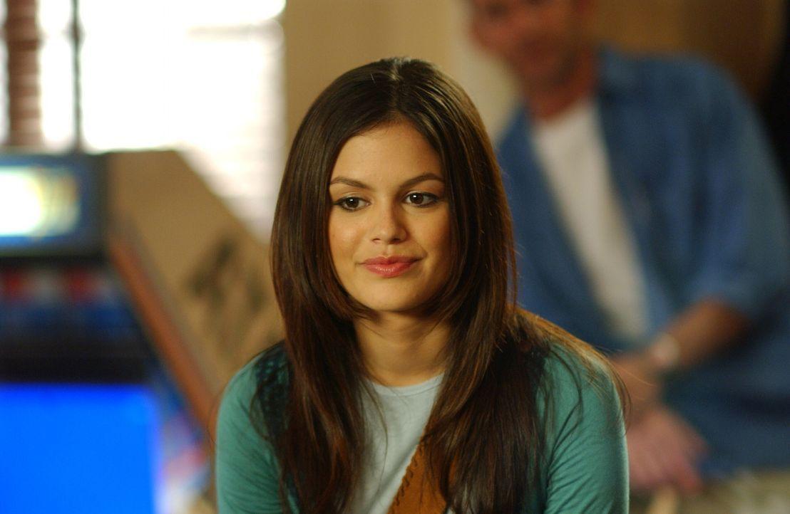 Summer (Rachel Bilson) bekommt mit, dass Seth bei Alex übernachtet hat und reagiert entsetzlich eifersüchtig ... - Bildquelle: Warner Bros. Television