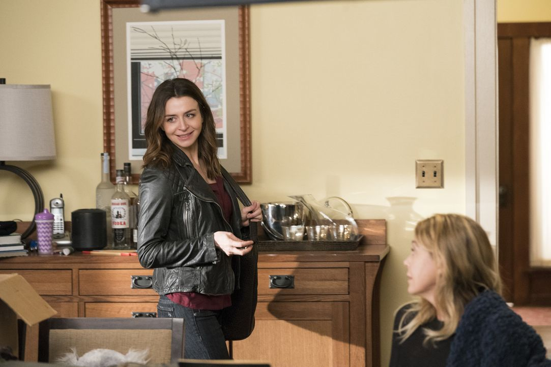 Amelia (Caterina Scorsone) verbringt sehr viel Zeit mit einem alten Bekannten. Während Maggie, Jo und Alex durch einen Patienten an ihre erste Liebe... - Bildquelle: Mitch Haaseth 2017 American Broadcasting Companies, Inc. All rights reserved./Mitch Haaseth