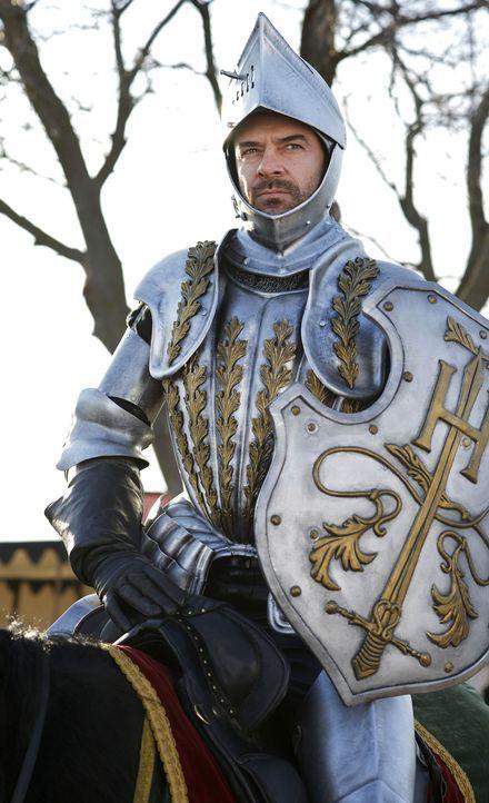 Der Wahnsinn des Königs von Frankreich, Henry II. (Alan Van Sprang), erreicht nach dem Sieg über die Engländer seinen Höhepunkt. Er fühlt sich bedro... - Bildquelle: 2013 The CW Network, LLC. All rights reserved.