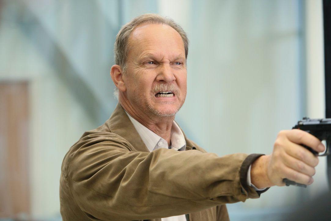 Das Drama im Seattle Grace Krankenhaus hat noch kein Ende: Mr. Clark (Michael O'Neill) ... - Bildquelle: Touchstone Television