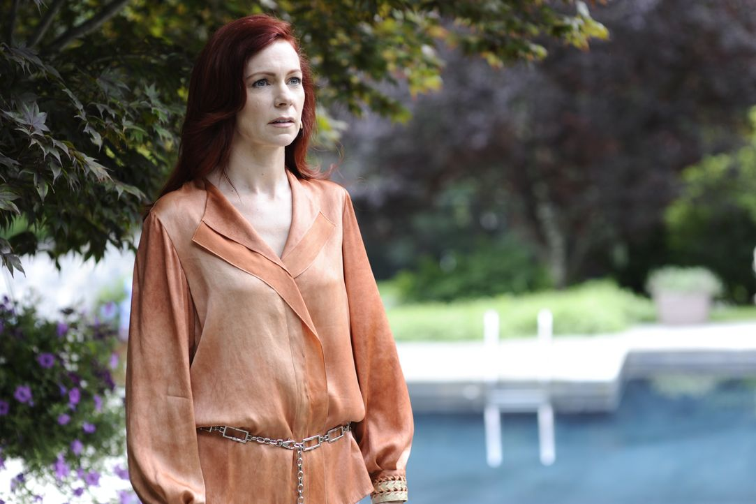 Jackie Van Ark (Carrie Preston) - Bildquelle: Ali Goldstein 2012 USA Network Media, LLC / Ali Goldstein