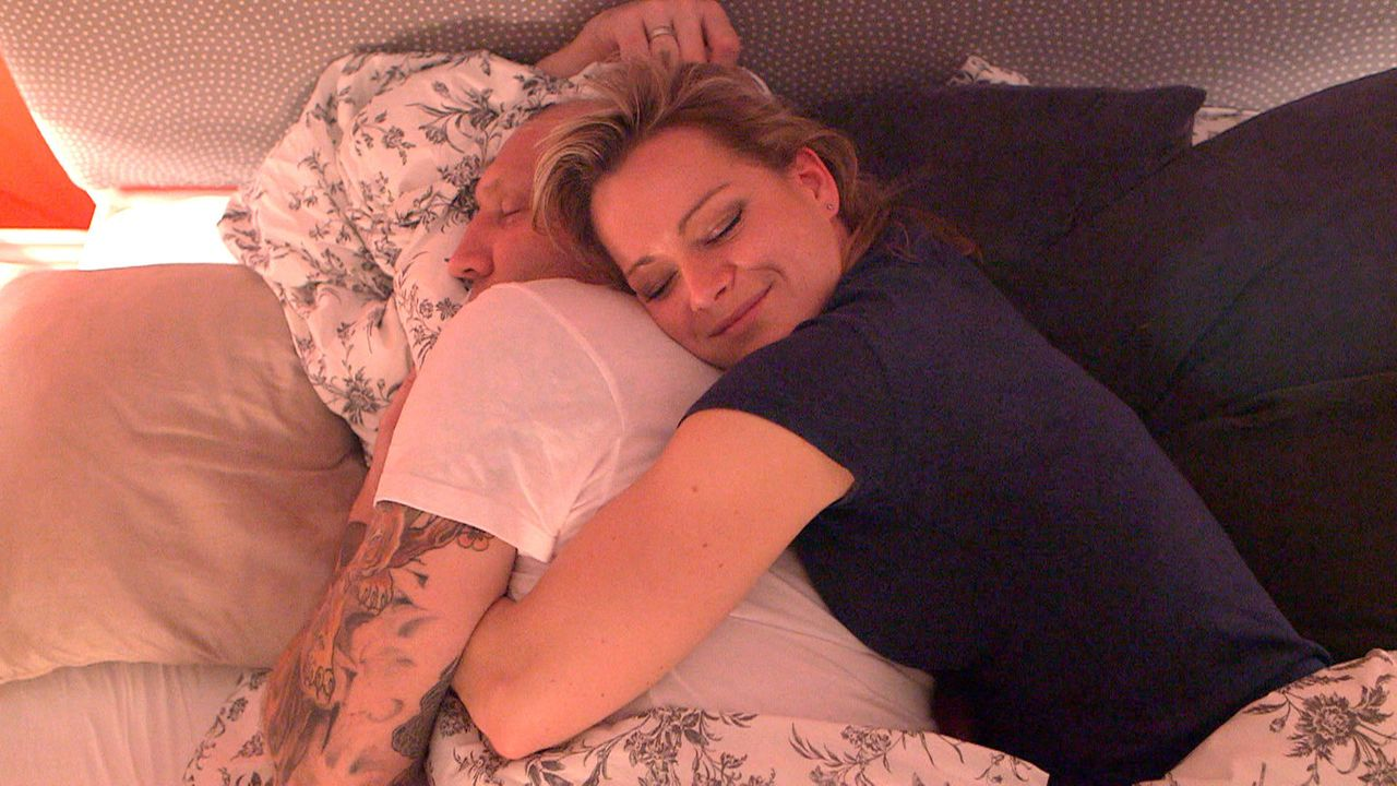 Sind glücklich miteinander: Michael (l.) und Christina (r.) ... - Bildquelle: SAT.1