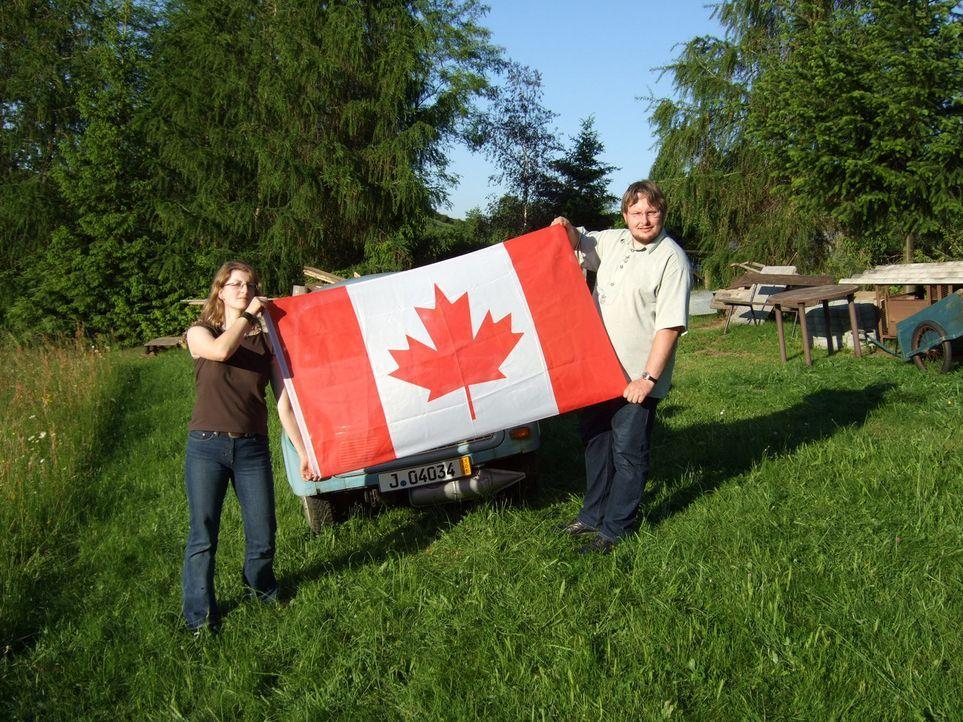 Jana (l.) und Torsten (r.) wollen in ihrem Traumland Kanada ein neues Leben beginnen. - Bildquelle: kabel eins