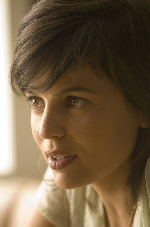 Geht von nun an eigene Wege: Model Sofia Buñuel (Elena Anaya) ... - Bildquelle: 2007 Warner Brothers