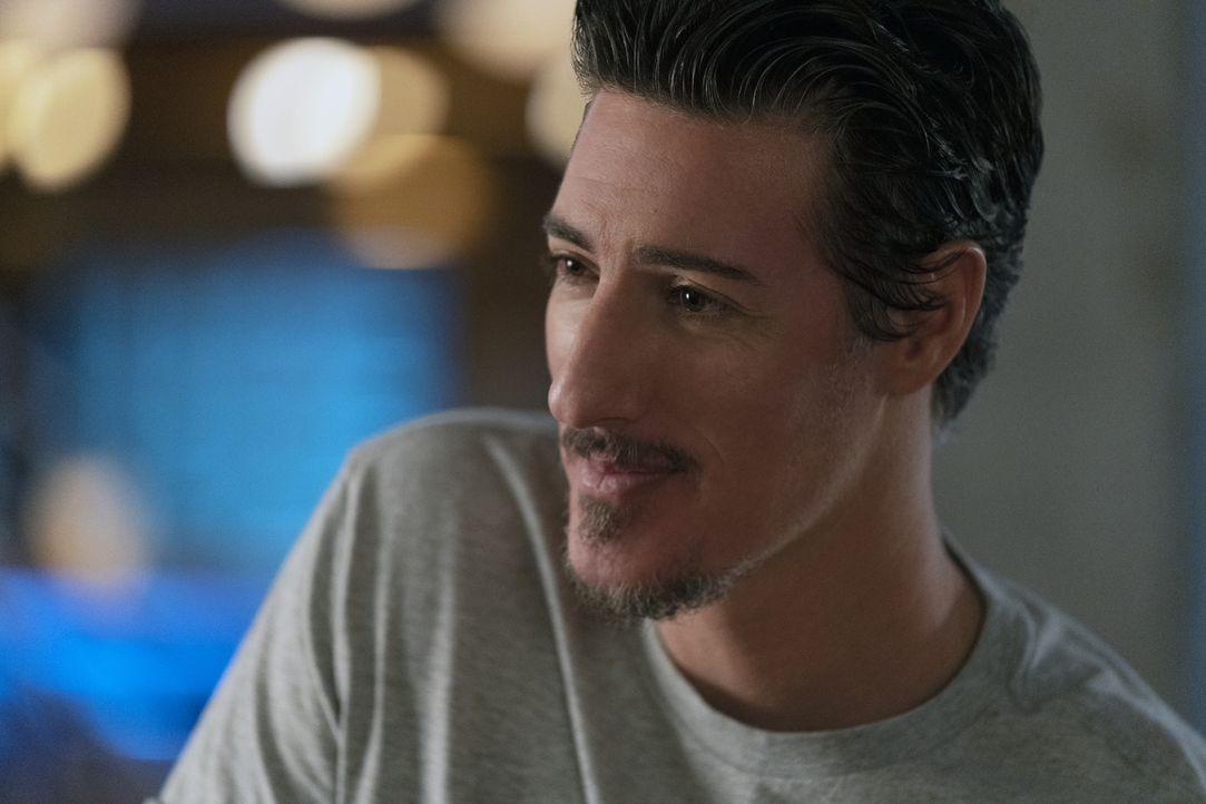 Julian Shea (Eric Balfour) - Bildquelle: Michael Courtney 2019 The CW Network, LLC. All Rights Reserved. / Michael Courtney