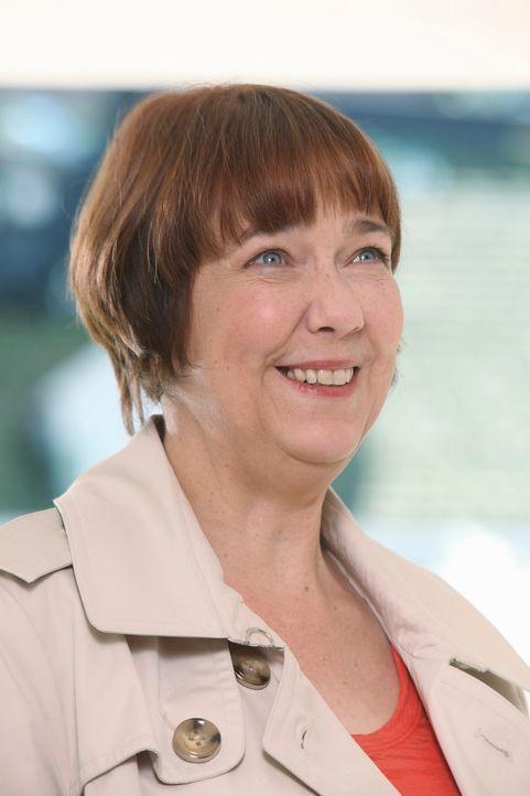 Zieht in eins von Pauls Häusern ein, da es auf Beths Namen läuft und sie es somit geerbt hat: Felicia Tilman (Harriet Sansom Harris) ... - Bildquelle: ABC Studios