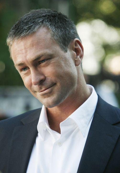 Soll der neue Prokurist bei MODE werden: Connor Owens (Grant Bowler) ... - Bildquelle: 2008   ABC Studios
