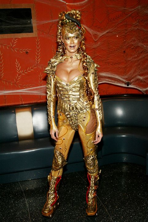 Heidi Klum: Halloween als Golden Alien - Bildquelle: AFP