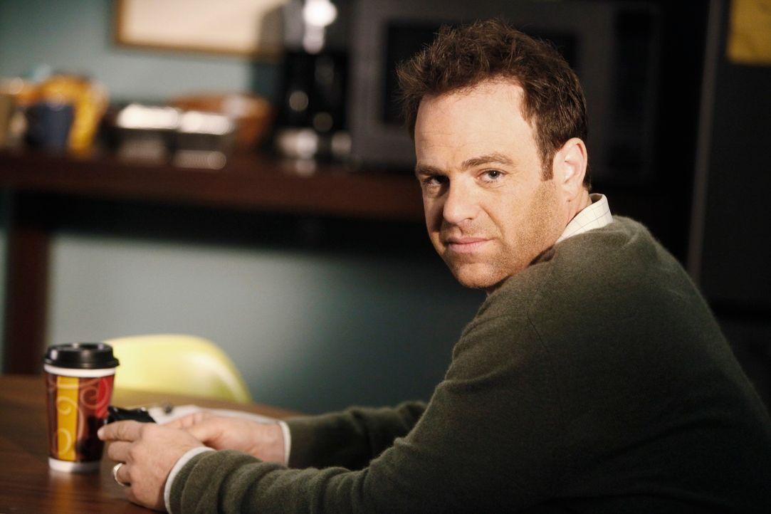 Macht sich große Sorgen um Erica: Cooper (Paul Adelstein) ... - Bildquelle: ABC Studios