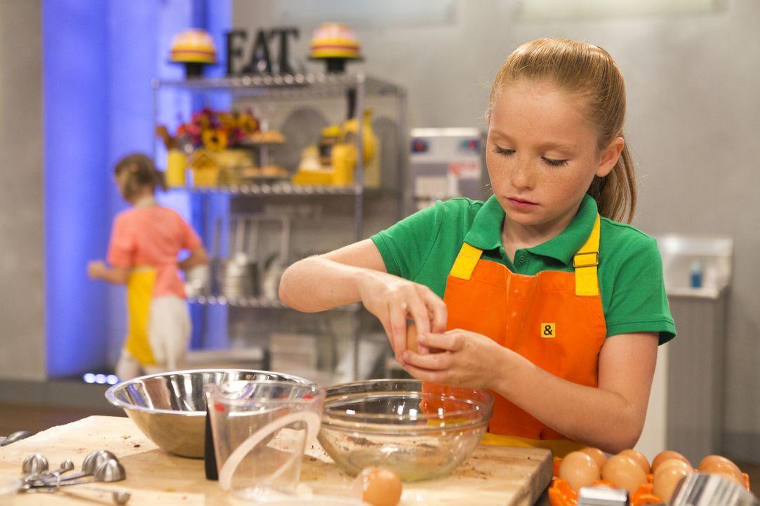 Die Candy-Dessert Challenge bringt auch Penny an ihre Grenzen ... - Bildquelle: Adam Rose 2015, Television Food Network, G.P.  All Rights Reserved.