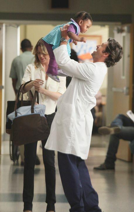 Ist ihre Ehe vor dem Aus? Meredith (Ellen Pompeo, l.) und Derek (Patrick Dempsey, r.) ... - Bildquelle: ABC Studios