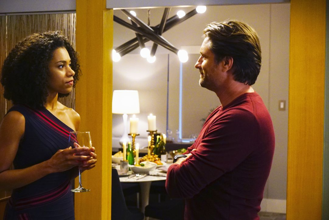 Wird Riggs (Martin Henderson, r.) einem Date mit Maggie (Kelly McCreary, r.) zustimmen? - Bildquelle: Richard Cartwright 2016 American Broadcasting Companies, Inc. All rights reserved.