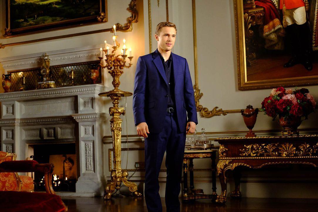 Der Mord an seinem Vater, König Simon, beschäftigt Liam (William Moseley), weiter. Doch wird er je die Wahrheit darüber erfahren? - Bildquelle: 2015 E! Entertainment Media LLC/Lions Gate Television Inc.