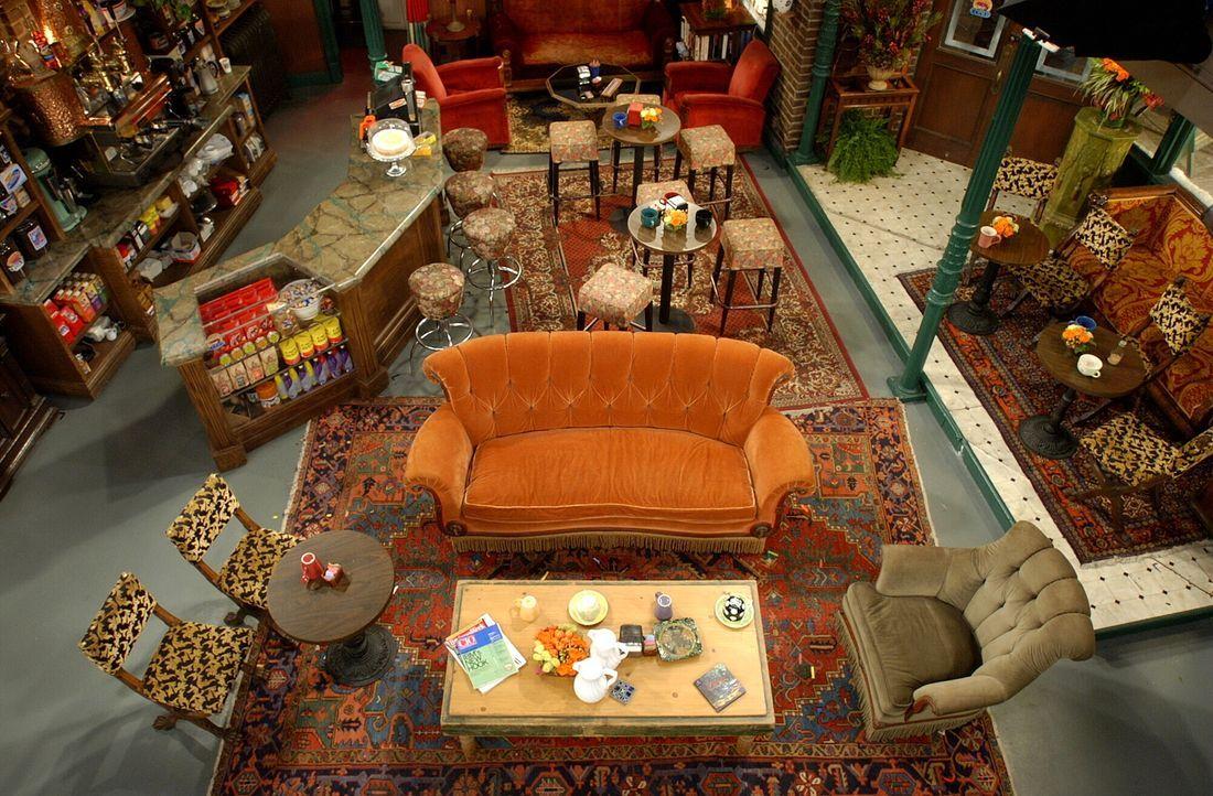 (10. Staffel) - Hier im Central Perk verbringen die sechs Freunde jede Menge Zeit ... - Bildquelle: TM &   2005 Warner Bros. Entertainment Inc.