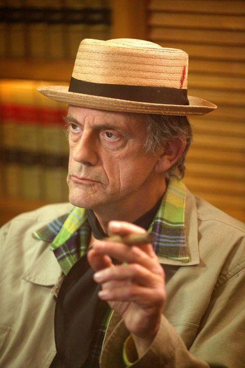Mr. Burt Kiffle (Christopher Lloyd), der Besitzer eines Schuhgeschäftes, fühlt sich zum Filmregisseur berufen ... - Bildquelle: Paramount