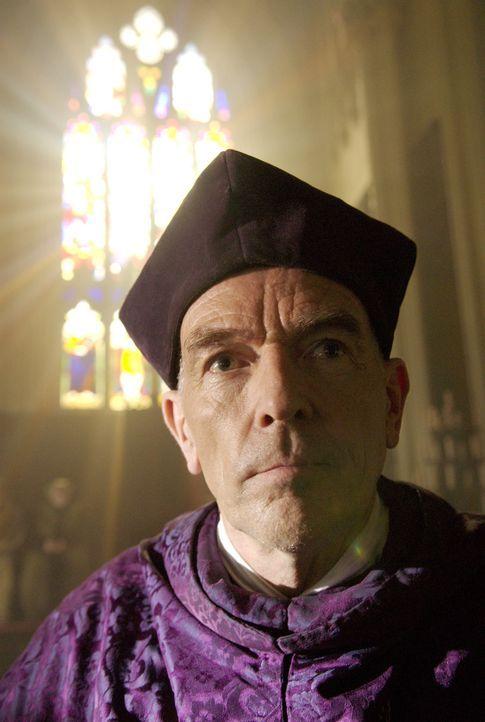 Stellt sich gegen König Henry VIII., wegen dessen Annullierung der Ehe von Katharina: Bishop Fisher (Bosco Hogan) ... - Bildquelle: 2008 TM Productions Limited and PA Tudors II Inc. All Rights Reserved.