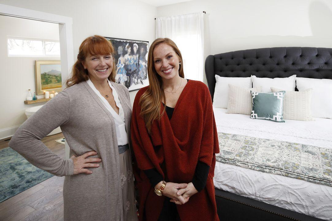 Um den Wert und die Optik des Hauses zu steigern, setzen Mina (r.) und Karen (l.) auch auf ein schönes Inneres ... - Bildquelle: Joe Robbins 2017,HGTV/Scripps Networks, LLC. All Rights Reserved