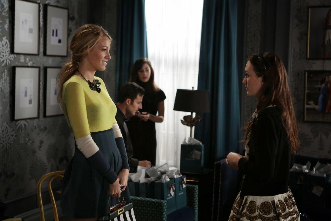 Serena und Blair - Bildquelle: Warner Bros. Television