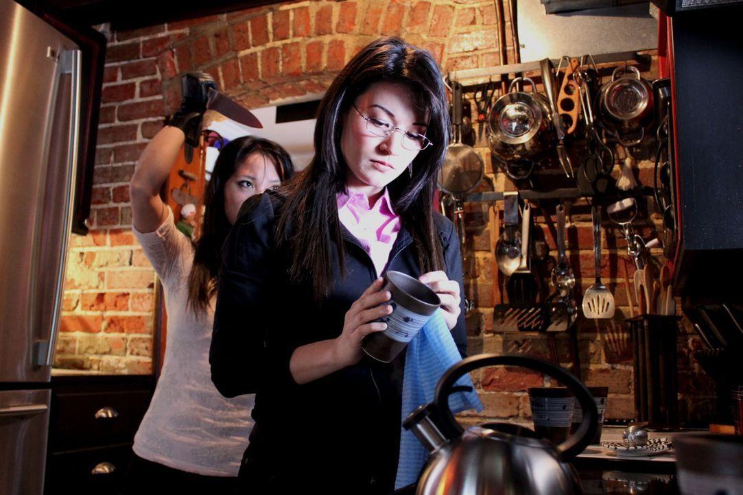 Das Leben von Anita Vo (r.) und ihrem Vater findet ein tragisches Ende ... - Bildquelle: M2 Pictures